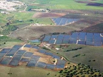Pannelli energia solare foto ed immagini